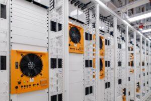 Bancos de Carga Inteligentes en Centros de datos